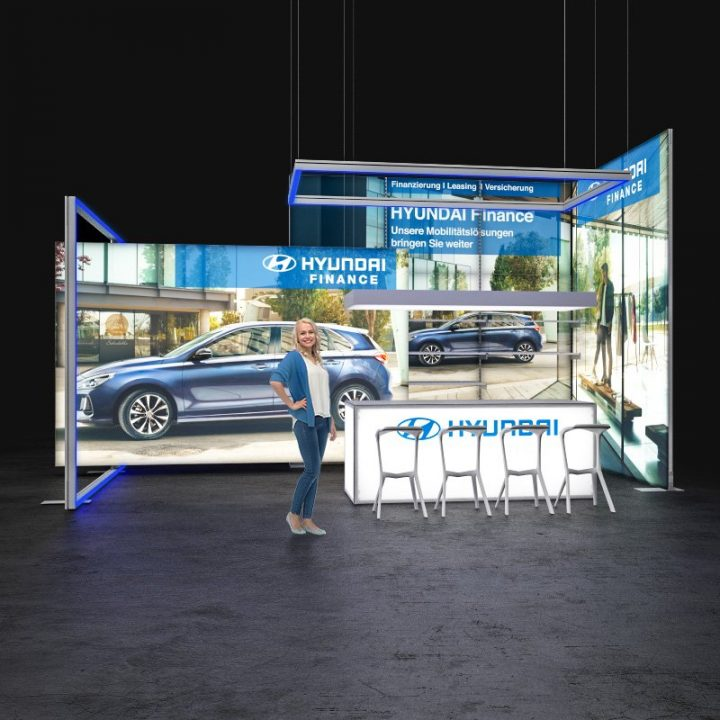 led-messestand-deckenhaenger-7x4